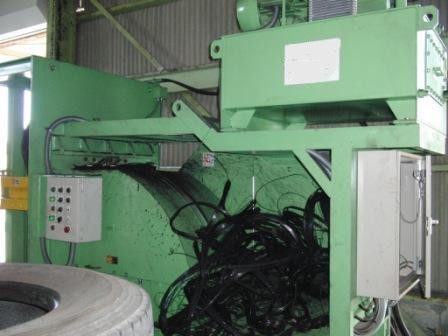 廃タイヤのリサイクル設備の写真